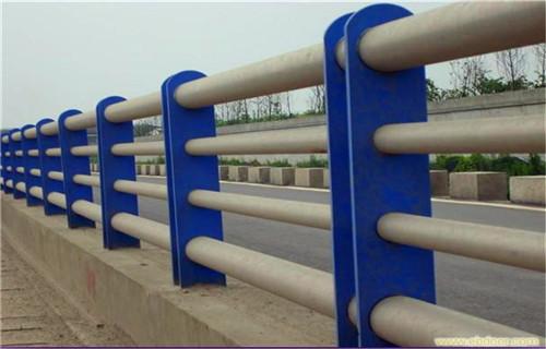 深圳201不锈钢复合管桥梁护栏美观大方