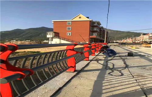 河南不锈钢复合管桥梁防撞护栏批发最低价